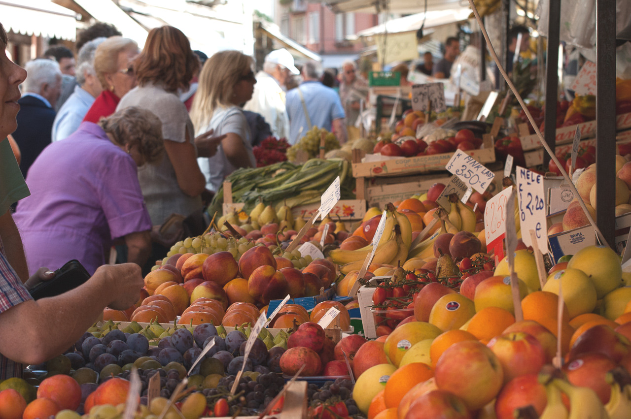 Saturday Market, Venice